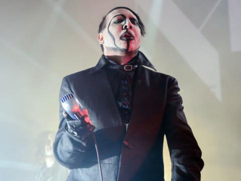 Marilyn Manson hurt in set scenery fall
