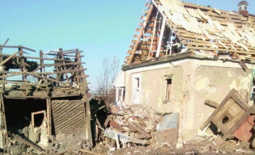 Militants shell Popasna, one child wounded