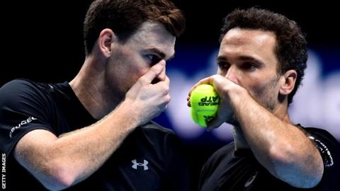 ATP Finals: Jamie Murray & Bruno Soares beat Lukasz Kubot & Marcelo Melo to reach semis