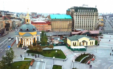 Poshtova Square archeological sensation: Business vs. historical heritage