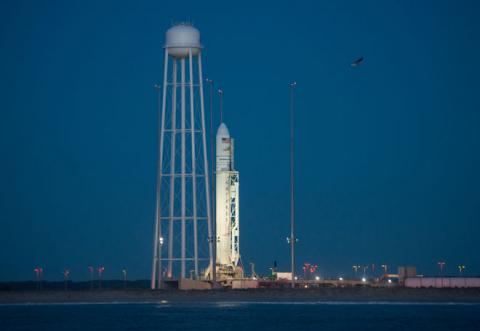 Ukrainian rocket carrier Antares sucessfully launched in US