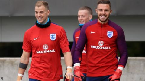 England's Joe Hart should be replaced by Jack Butland, says World Cup winner Gordon Banks