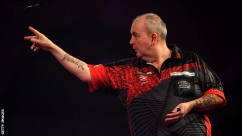 PDC World Darts 2018: Phil Taylor into final after beating Jamie Lewis