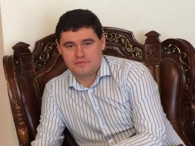 Odesa city council official runs away from anti-corruption special officers