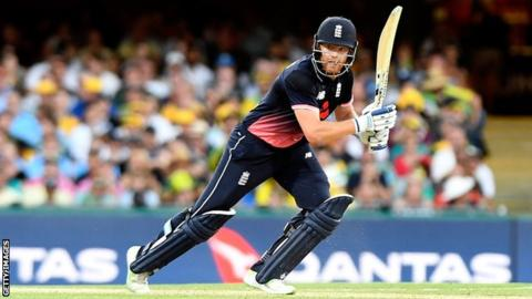 Australia v England: Tourists hold nerve to take 2-0 series lead