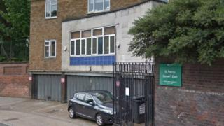Jewish leaders call on Inner North London coroner to quit