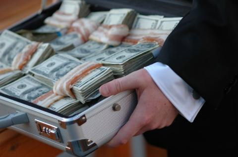 Odesa regional council deputy busted giving $ 500,000 bribe