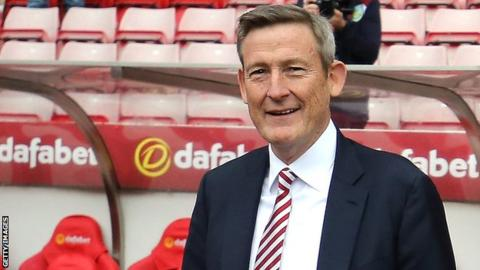 Sunderland owner Ellis Short ready to give away club for free