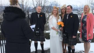 Stirling bride gets white wedding after snow cuts off venue