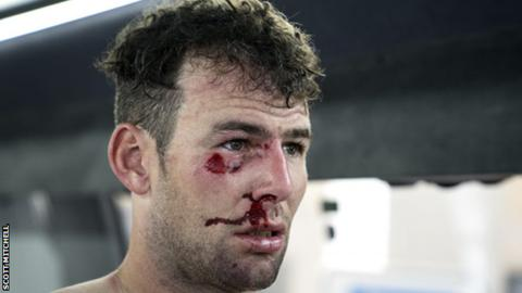 Mark Cavendish suffers fractured rib in crash on opening stage of Tirreno-Adriatico