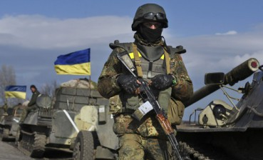 Two Ukrainian military started shooting in Slovyansk