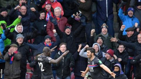 Premier League round up: Palace out of bottom three, West Brom lose again