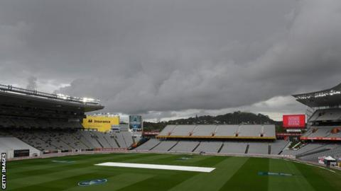 New Zealand v England: Only 17 balls bowled on rain-hit day three