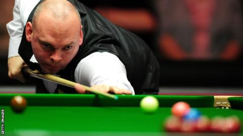China Open: Stuart Bingham makes 147 break a day after Ronnie O'Sullivan
