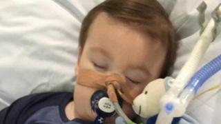 Pope Francis tweets in sick toddler Alfie Evans