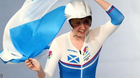 Commonwealth Games: Scotland's Katie Archibald wins individual pursuit gold