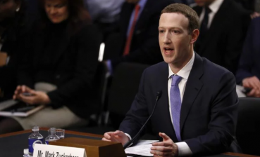Zuckerberg says Cambridge Analytica shared his personal data