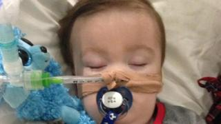 Alfie Evans: Toddler's parents launch new legal challenge