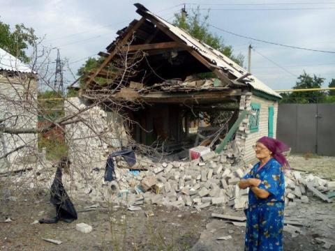 Donbas: Militants attack Zaitsevo, shell living houses