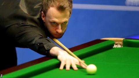 World Snooker Championship 2018: Judd Trump leads John Higgins in quarter-final