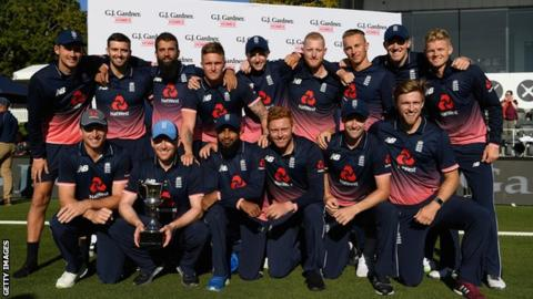 England go top of ODI rankings, India drop to second