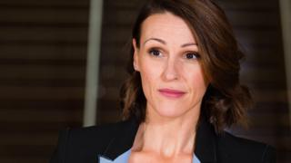 Doctor Foster star Suranne Jones pulls out of West End play