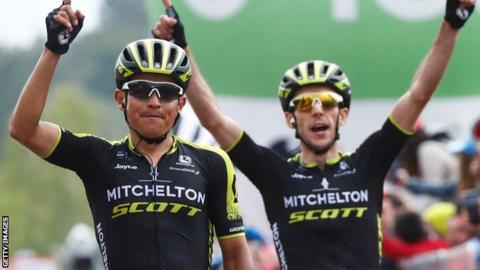 Giro d'Italia: Simon Yates takes overall lead as Esteban Chaves wins stage six