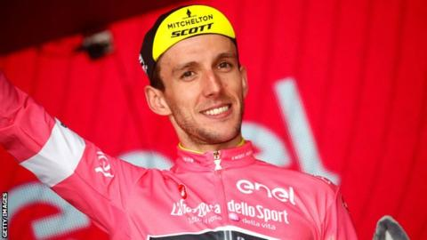 Giro d'Italia: Ireland's Sam Bennett wins stage seven as Simon Yates retains lead