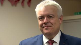 Carwyn Jones to leave Welsh assembly in 2021