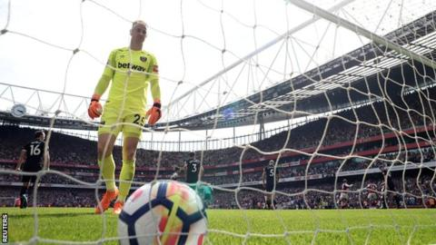 Joe Hart to be left out of England's World Cup squad