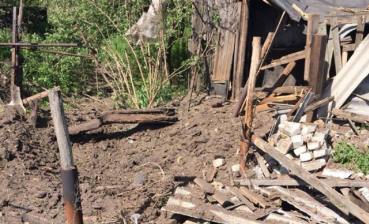60 year old woman was injured as militants shelled Zaitseve in Donbas