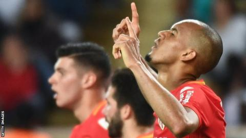 Fabinho: Liverpool agree deal for Monaco midfielder