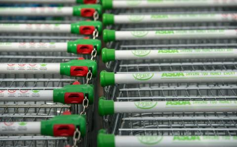 Asda notches up four consecutive quarters of sales growth