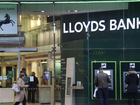 Noel Edmonds gatecrashes Lloyds AGM