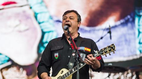 Biggest Weekend: Manic Street Preachers pull off