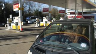 Petrol prices in record monthly rise, says RAC