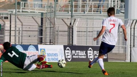 Toulon Tournament: England U21s secure third successive title with 2-1 win over Mexico