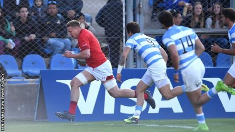 First Test: Argentina 10-23 Wales