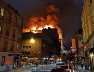 Glasgow fire: Major blaze ravages art school
