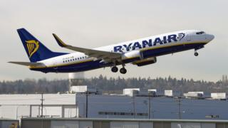Ryanair calls for restricted airport alcohol sales