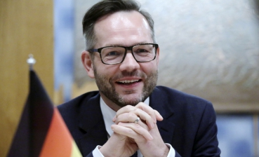 Germany says Russian propaganda is challenge to Ukraine, Europe