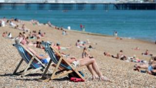 Heatwave puts pressure on water supplies