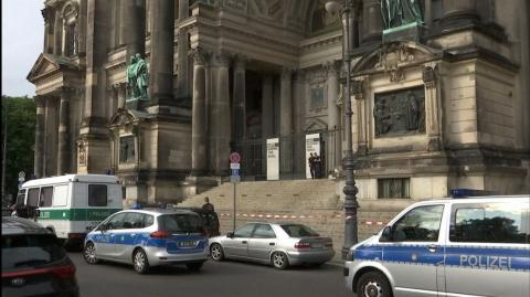 Shooting in Berlin Cathedral: Man wielded two knives, sustained leg wound