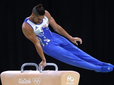 Virgin apologises to Louis Smith after ticket check row