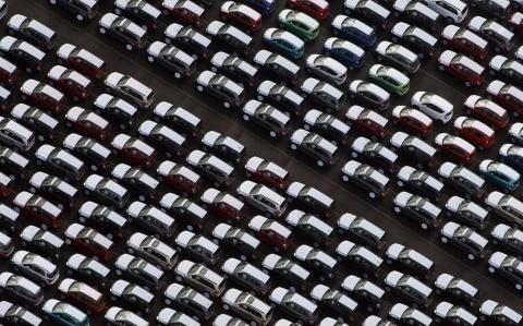 CBI chief warns of Brexit 'extinction' risk to UK car industry