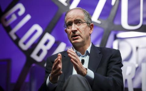 Comcast offers $65bn for Fox assets in bid to gazump Disney