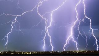 Met Office issues first thunderstorm warning