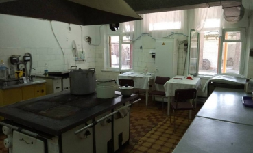 Dozens of children suffer food poisoning in Donetsk region