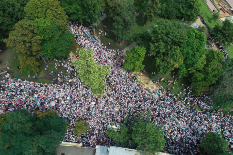 250,000 people show up at Cross Procession in Kyiv