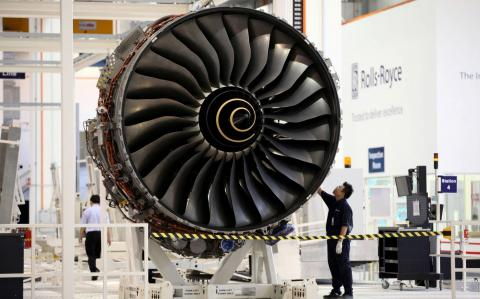 Jet engine blow to drag on Rolls as turnaround hits turbulence